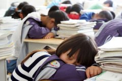 中学生为什么一定要会午休?午休的好处有哪些